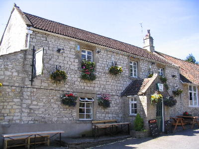 Ring O'Bells, Priston